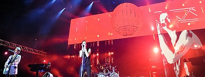 Depeche Mode v Praze 14.1.10 - V náruči svého publika