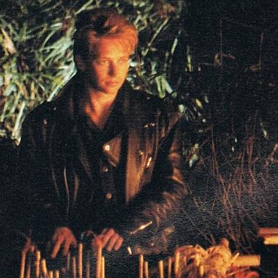 Hľadanie ohňa (1985)