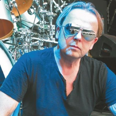 Ch. Eigner: Depeche Mode Mega Grooves