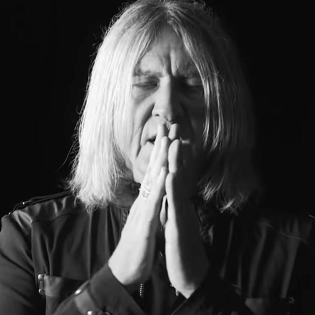 Def Leppard: Personal Jesus (video)