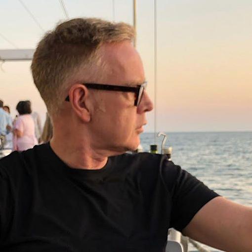 Andy Fletcher dovolenkuje s rodinou v Špenielsku