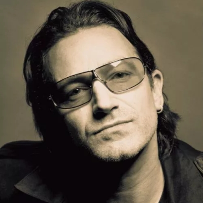 "Bono o ""Walking In My Shoes"""